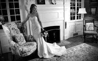 Bride+FVH+b-w